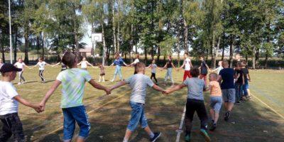 Szkolny piknik integracyjny w Kaliszkowicach Ołobockich